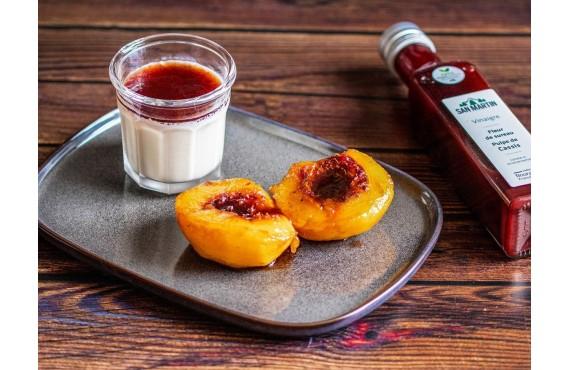 Panna cotta vanille pêche rôtie au vinaigre